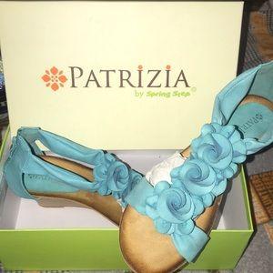 New in box!! Patrizia by Spring Step 8 1/2